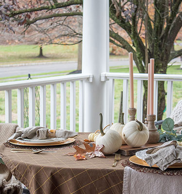 natural and rustic fall table decor ideas on a budget